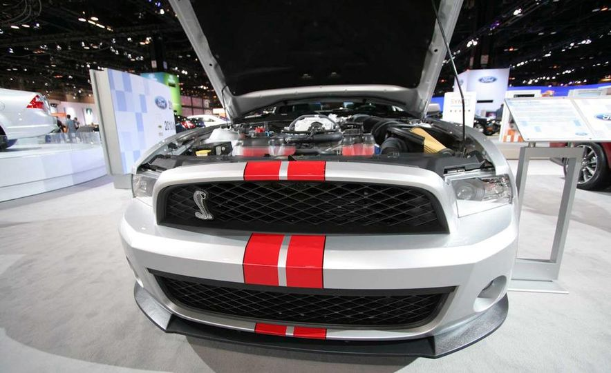 2011 Ford Mustang Shelby GT500 coupe with SVT performance package - Slide 17