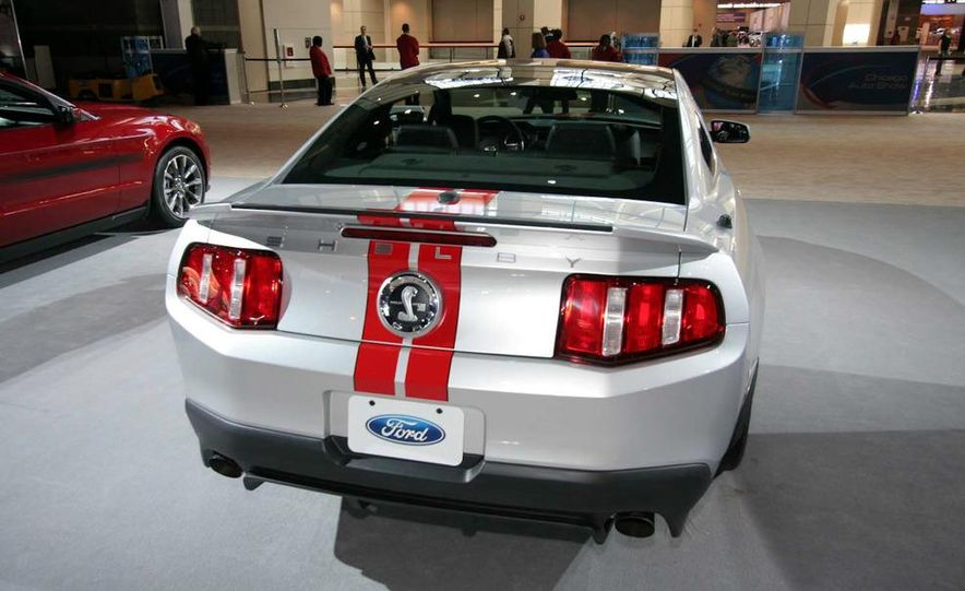 2011 Ford Mustang Shelby GT500 coupe with SVT performance package - Slide 6