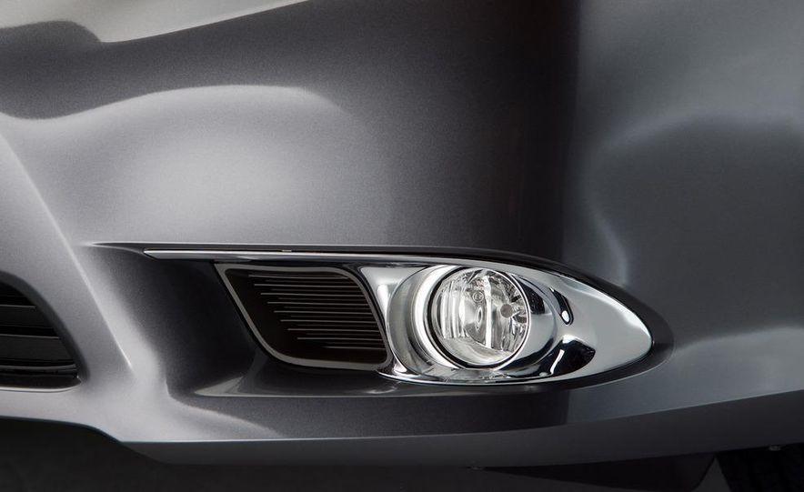 2011 Toyota Avalon - Slide 34