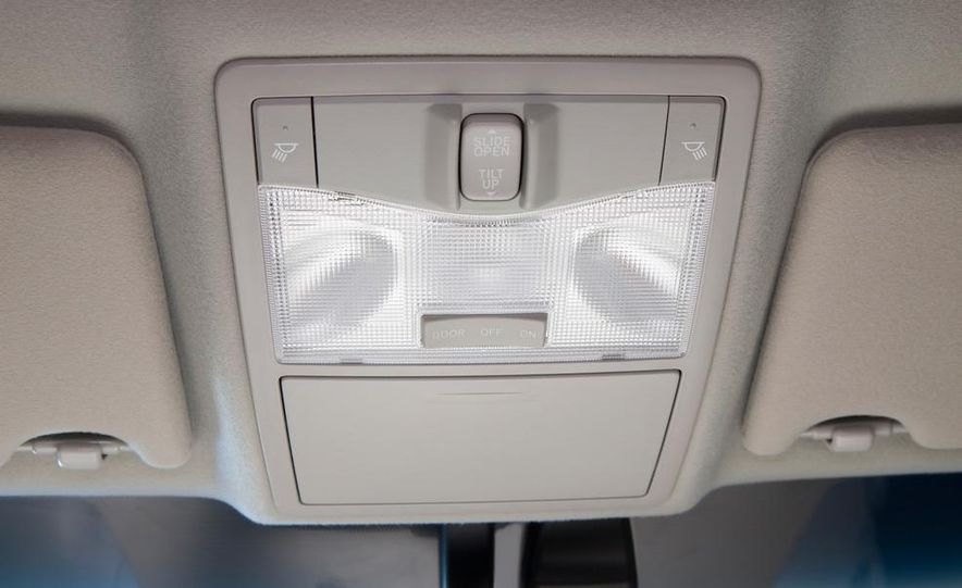 2011 Toyota Avalon - Slide 43