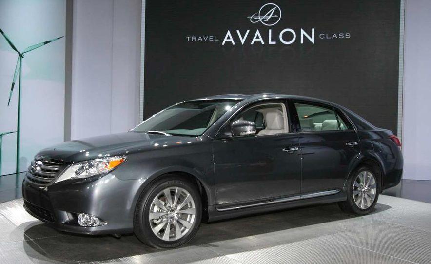 2011 Toyota Avalon - Slide 6