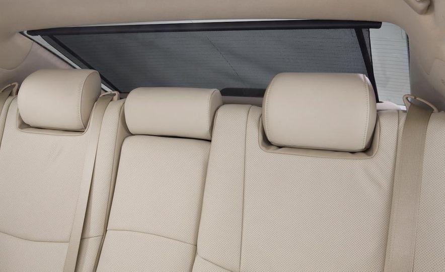 2011 Toyota Avalon - Slide 37