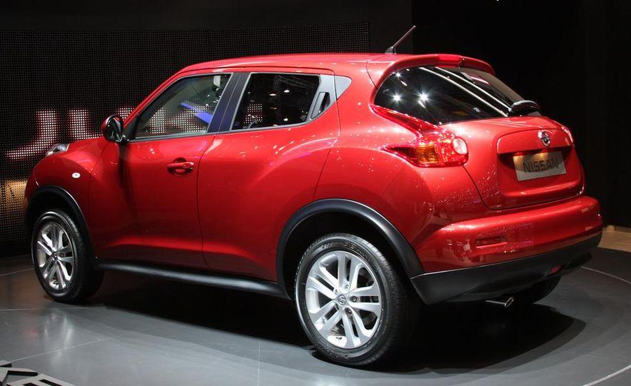 2011 Nissan Juke - Slide 1