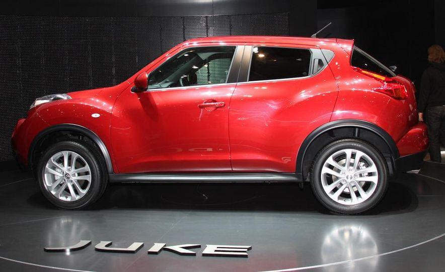 2011 Nissan Juke - Slide 3