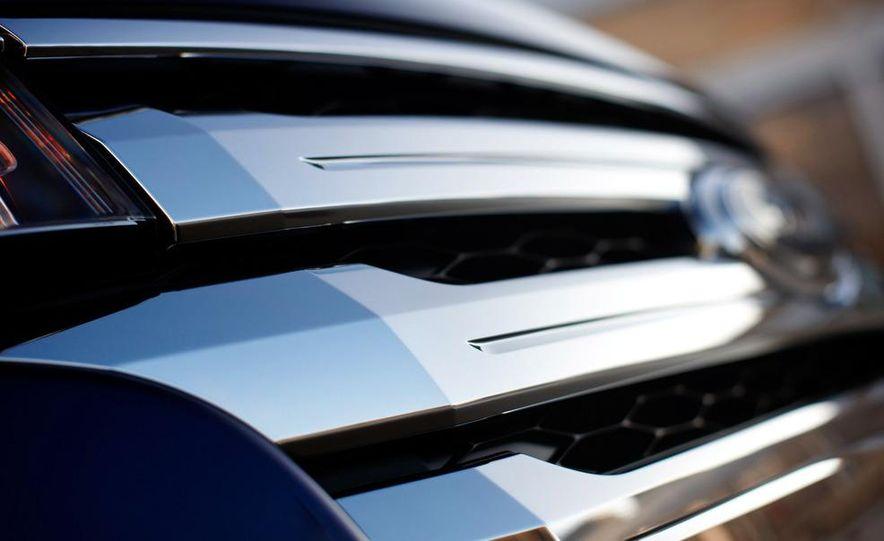 2011 Ford Edge Sport - Slide 41