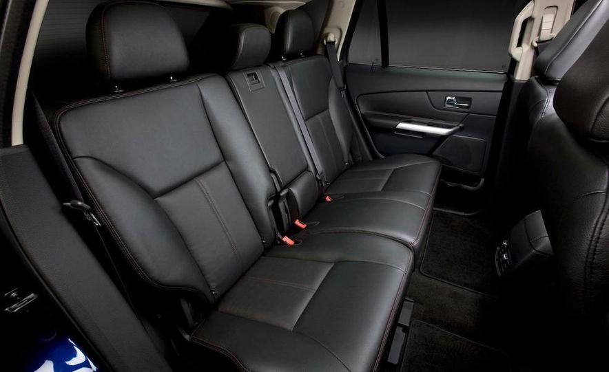 2011 Ford Edge Sport - Slide 37