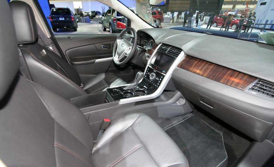 2011 Ford Edge Sport - Slide 11