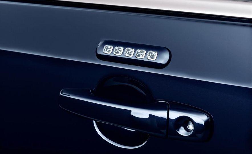 2011 Ford Edge Sport - Slide 44
