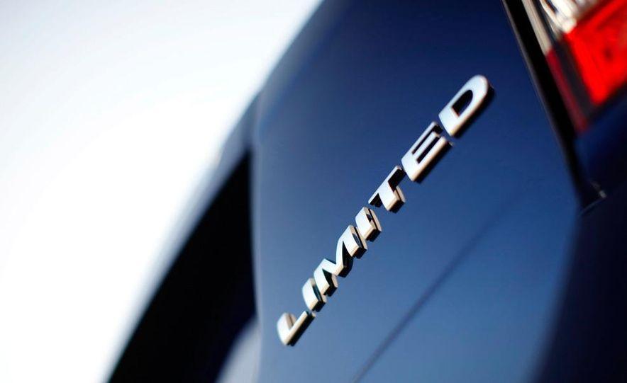 2011 Ford Edge Sport - Slide 52