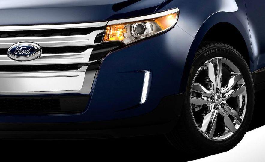 2011 Ford Edge Sport - Slide 27