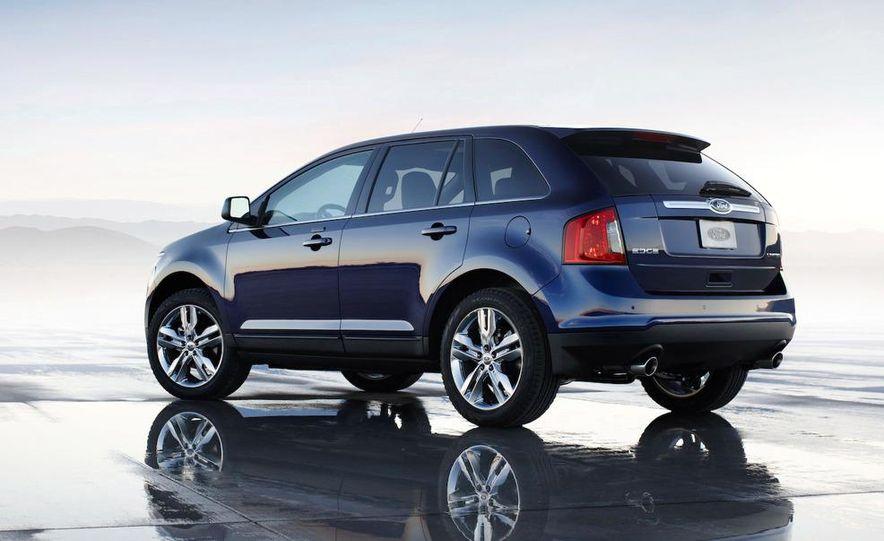 2011 Ford Edge Sport - Slide 23