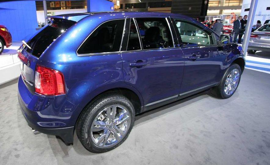 2011 Ford Edge Sport - Slide 8