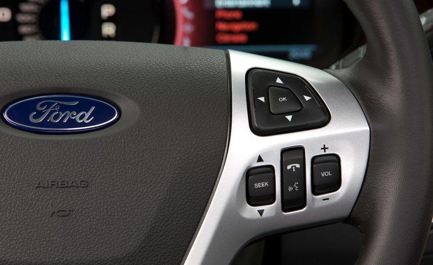 2011 Ford Edge Sport - Slide 33