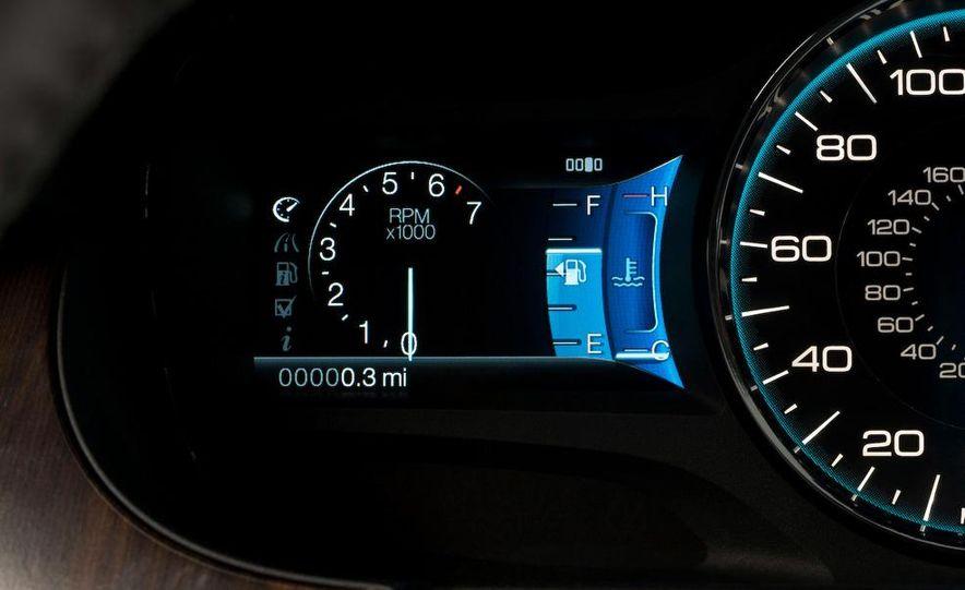 2011 Ford Edge Sport - Slide 30