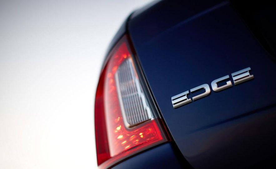 2011 Ford Edge Sport - Slide 53