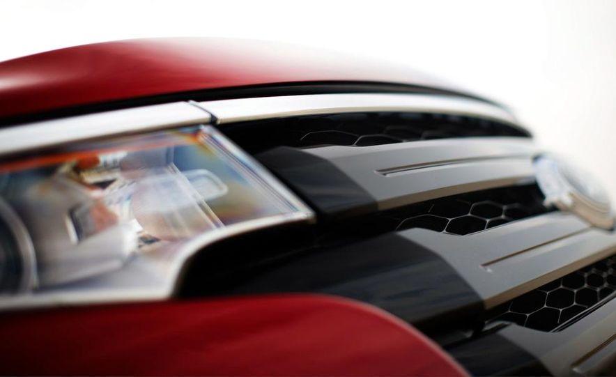 2011 Ford Edge Sport - Slide 82