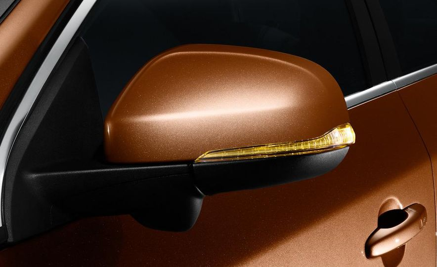 2011 Volvo S60 - Slide 23