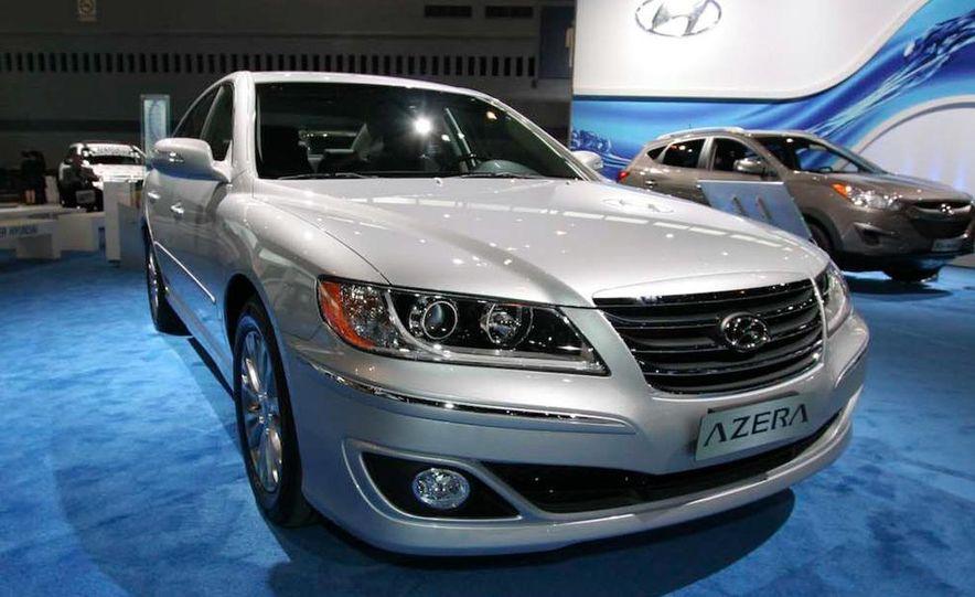 2011 Hyundai Azera - Slide 8
