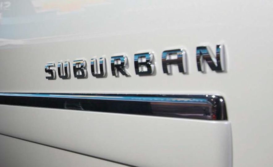 2010 Chevrolet Suburban 75th Anniversary Diamond Edition - Slide 9