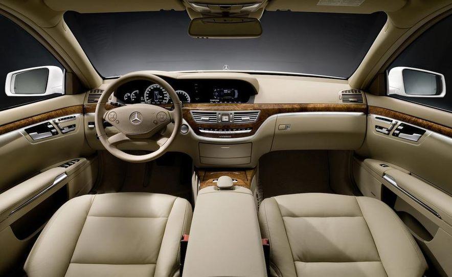 2012 Mercedes-Benz S-class (spy photo) - Slide 60