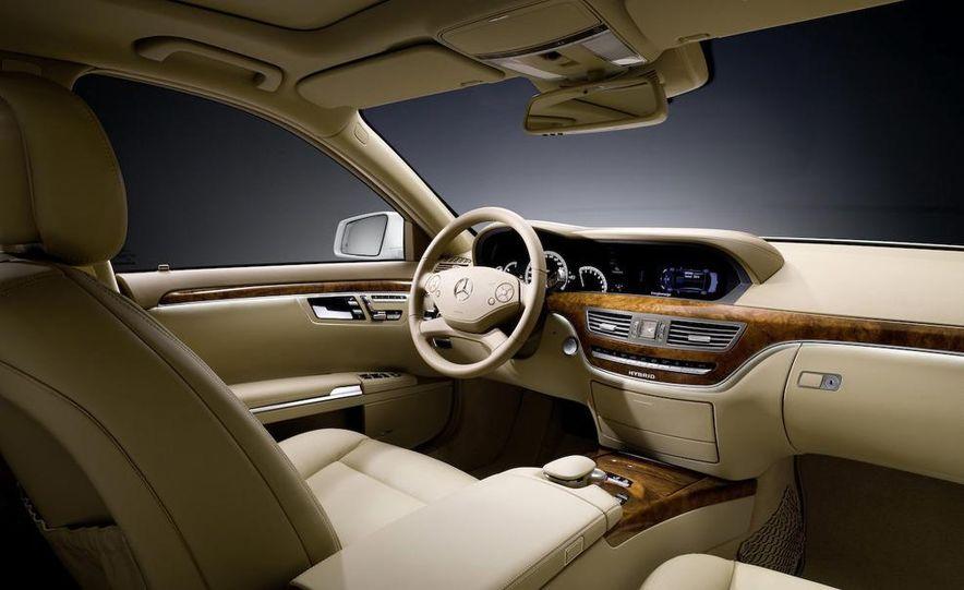 2012 Mercedes-Benz S-class (spy photo) - Slide 61