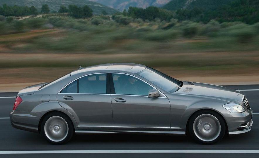 2012 Mercedes-Benz S-class (spy photo) - Slide 11