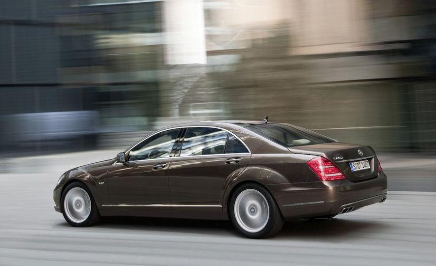 2012 Mercedes-Benz S-class (spy photo) - Slide 29