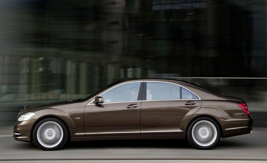 2012 Mercedes-Benz S-class (spy photo) - Slide 31
