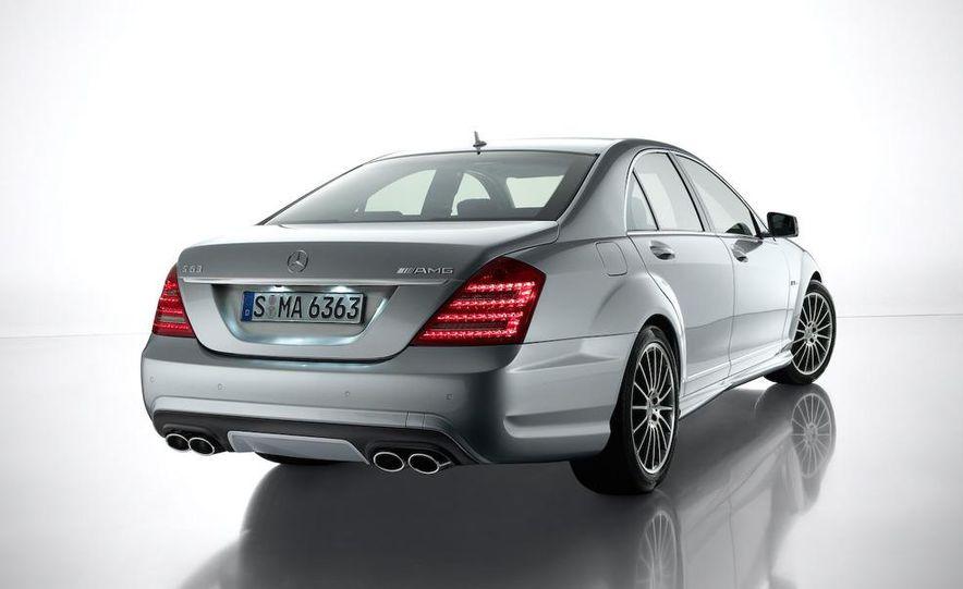 2012 Mercedes-Benz S-class (spy photo) - Slide 73