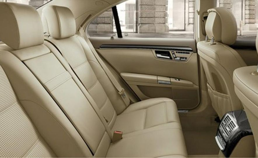 2012 Mercedes-Benz S-class (spy photo) - Slide 87