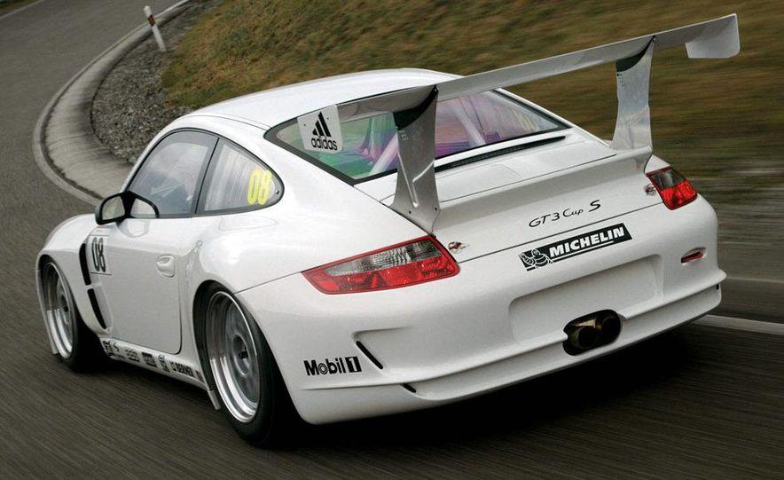 Porsche 911 GT3 R hybrid - Slide 47