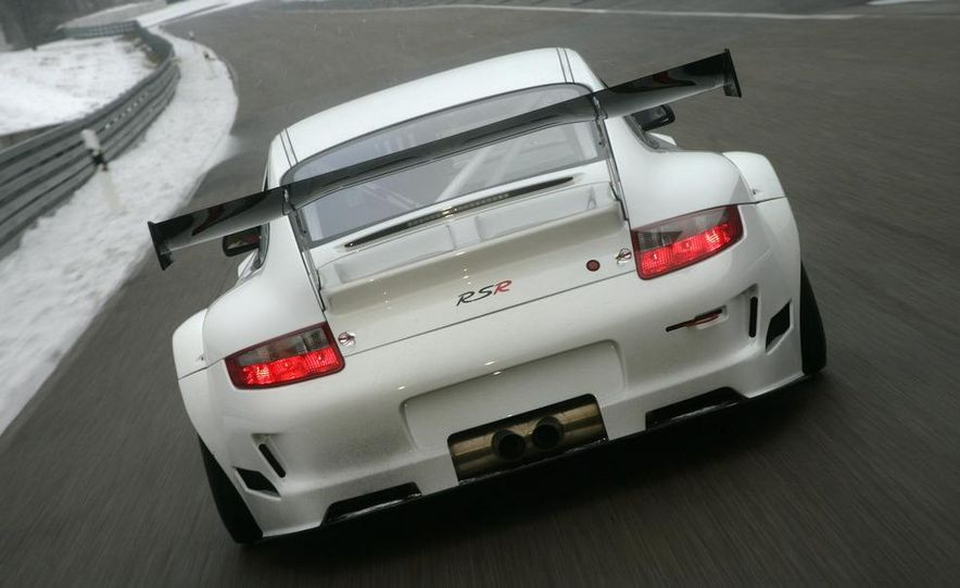 Porsche 911 GT3 R hybrid - Slide 44