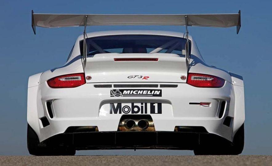 Porsche 911 GT3 R hybrid - Slide 13