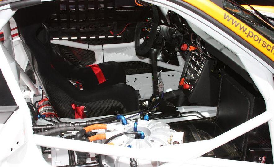 Porsche 911 GT3 R hybrid - Slide 5