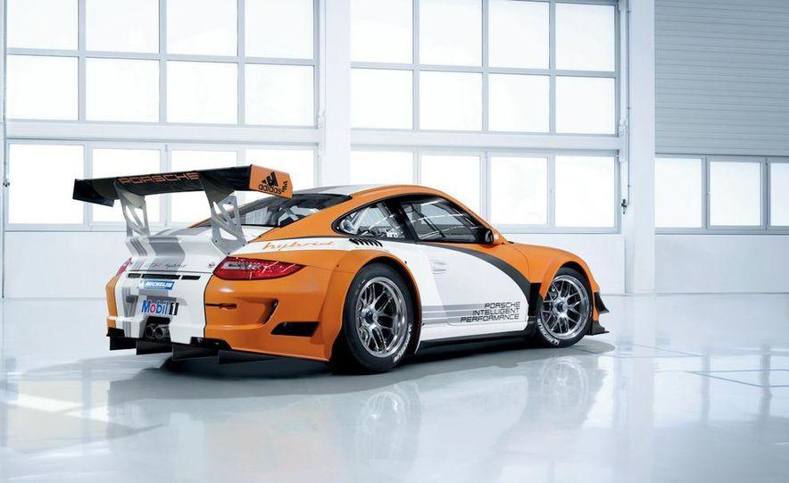 Porsche 911 GT3 R hybrid - Slide 10