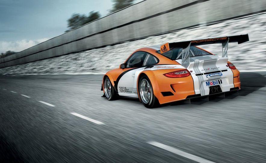 Porsche 911 GT3 R hybrid - Slide 8