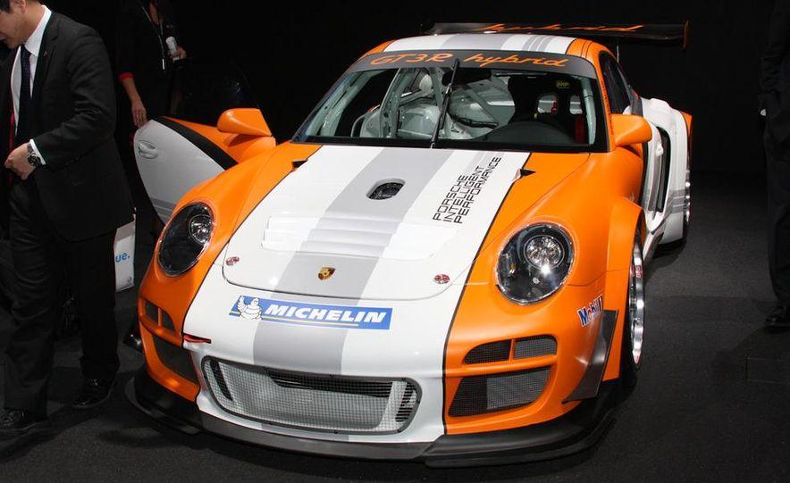 Porsche 911 GT3 R hybrid - Slide 1
