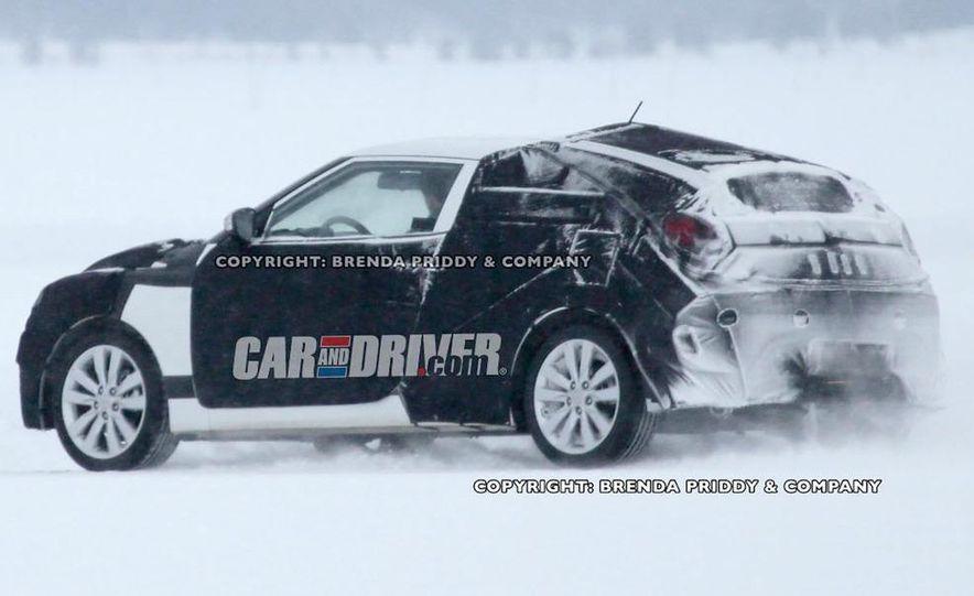 2012 Hyundai Veloster (spy photo) - Slide 5