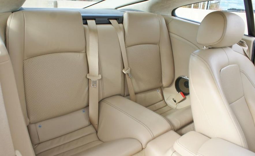 2011 Jaguar XKR Special Edition - Slide 20