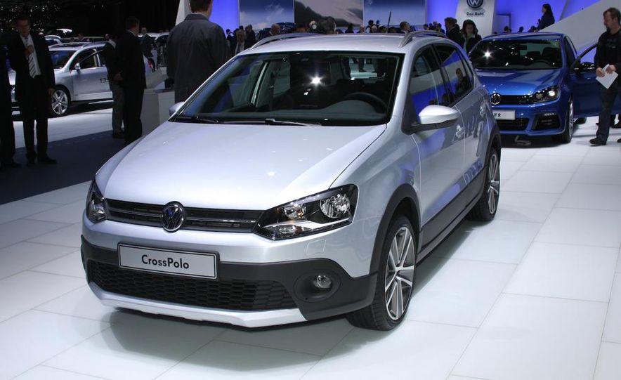 2011 Volkswagen CrossPolo - Slide 1