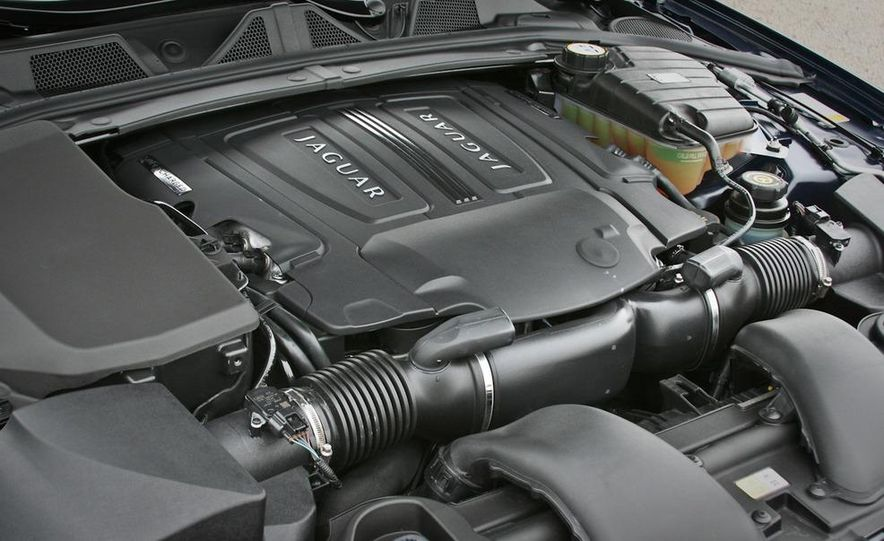 2010 Jaguar XF Supercharged - Slide 42