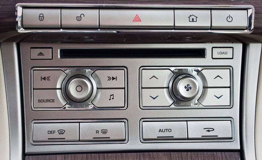 2010 Jaguar XF Supercharged - Slide 35