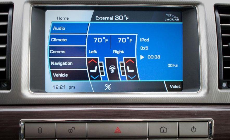 2010 Jaguar XF Supercharged - Slide 36