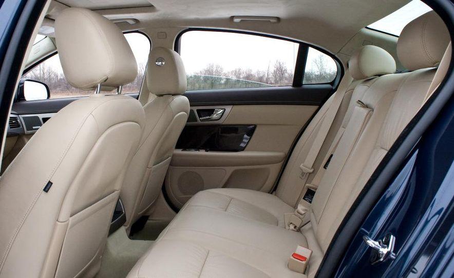 2010 Jaguar XF Supercharged - Slide 27