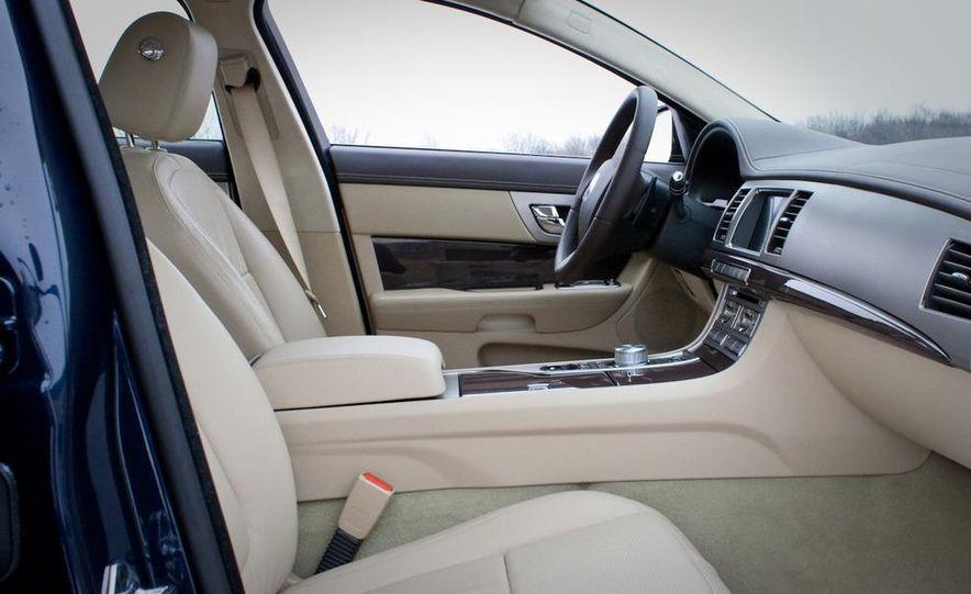2010 Jaguar XF Supercharged - Slide 29