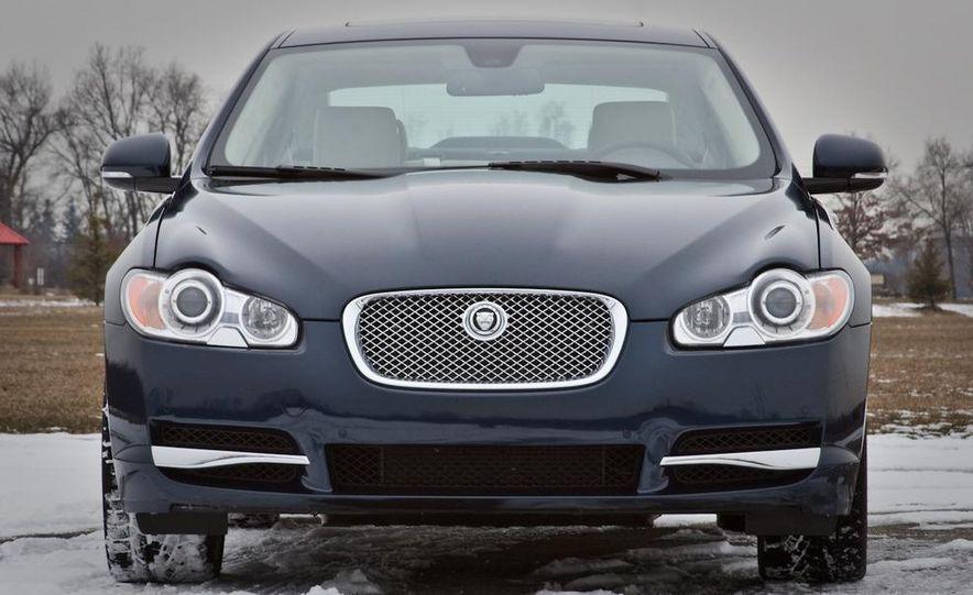 2010 Jaguar XF Supercharged - Slide 12
