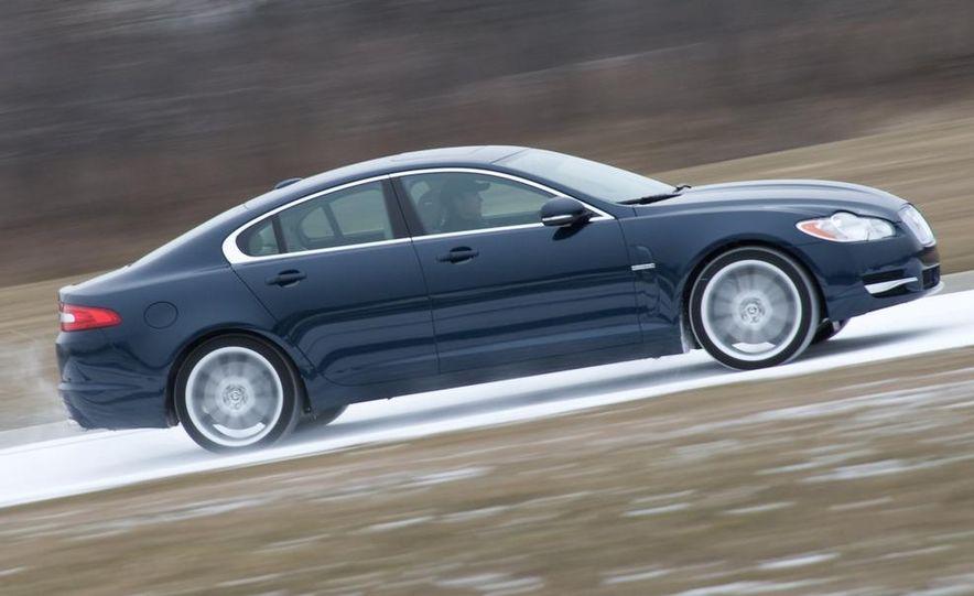 2010 Jaguar XF Supercharged - Slide 3
