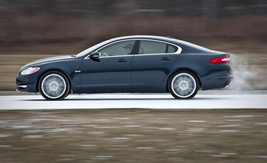 2010 Jaguar XF Supercharged - Slide 5