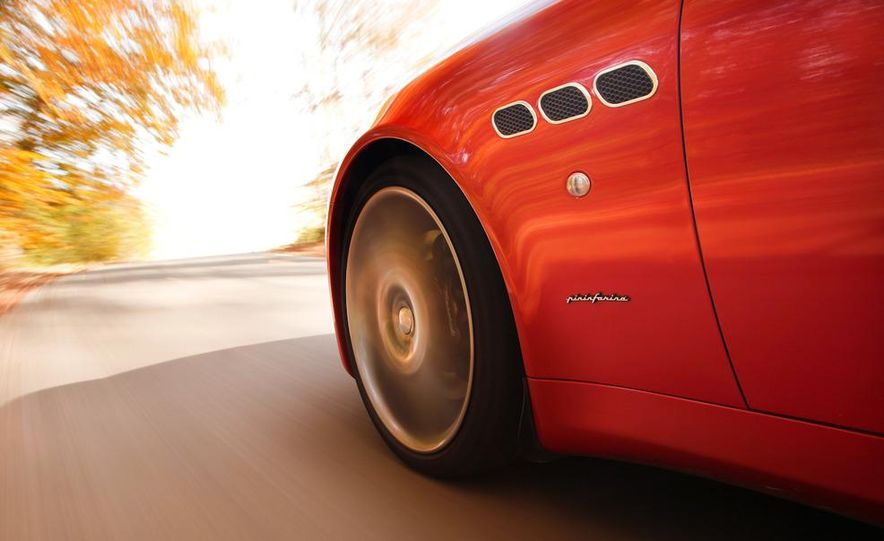 2011 Maserati Quattroporte GT-S Awards Edition - Slide 12