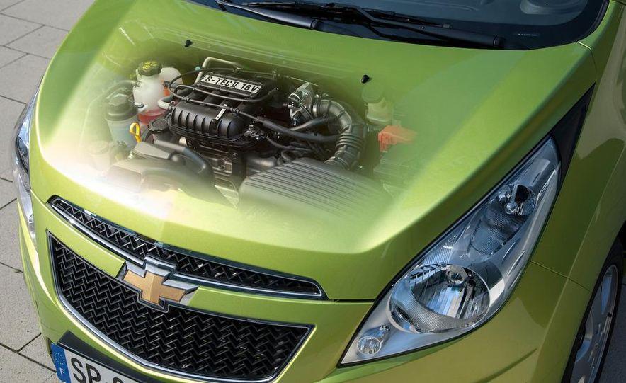 2012 Chevrolet Spark - Slide 24